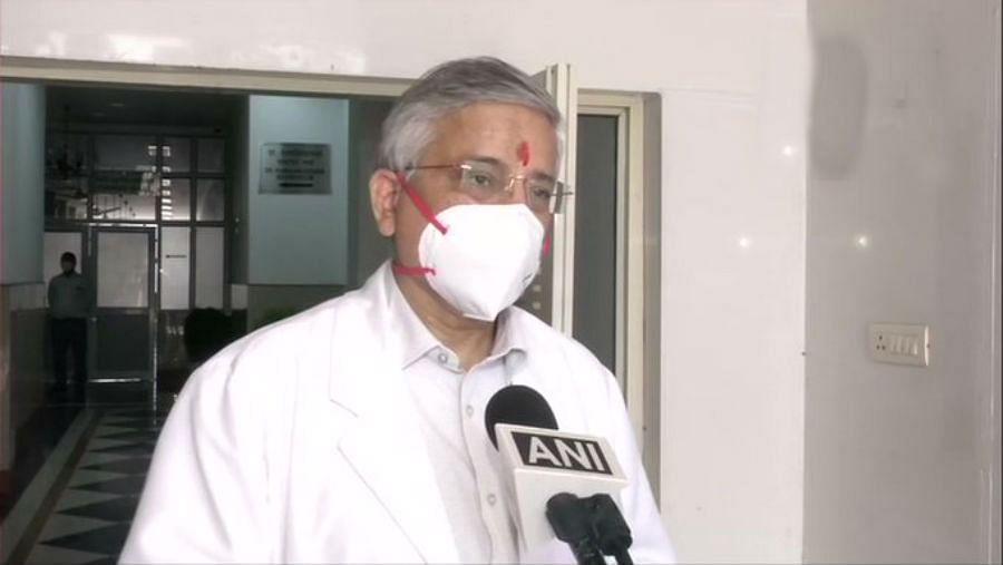Covid 19 Vaccine : भारत में कोरोना की वैक्सीन कब मिलेगी? एम्स डायरेक्टर ने की बड़ी जानकारी