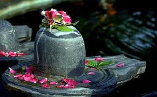 Pradosh Vrat: 16 अगस्त को है प्रदोष व्रत, जानिये इस दिन किन उपायों से मिलेगी शनि प्रकोप से मुक्ति