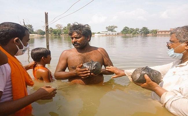 Bihar Flood 2020: दिल में आजादी की खुशियां पर चेहरे पर बाढ़ की चिंता, 74वें वर्षगांठ पर भी समस्याओं के बीच जिंदगी काट रहे बाढ़ पीड़ित