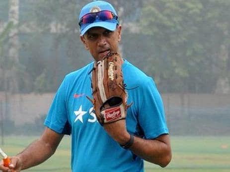 श्रीलंका से हार के बाद द्रविड़ का बड़ा बयान, कहा- सेलेक्टर आपको छुटि्टयां मनाने के लिए नहीं चुनते