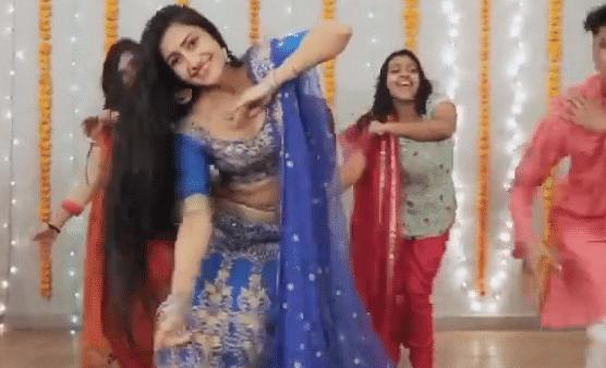 VIDEO : युजवेंद्र चहल की मंगेतर ने 'लहंगा' गाने पर किया जबरदस्त डांस, आप भी देखें धनश्री का वीडियो