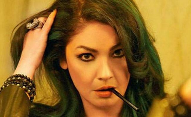 जान से मारने की धमकी मिलने के बाद पूजा भट्ट ने किया अपना इंस्टा अकाउंट प्राइवेट, कही ये बड़ी बात