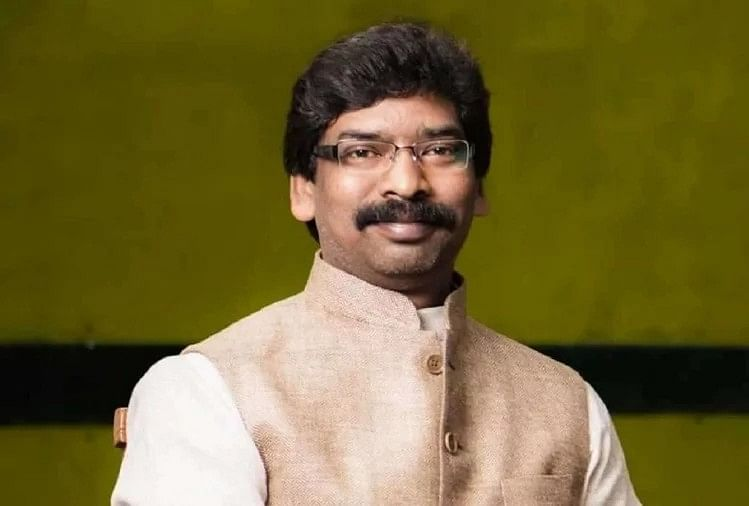 Jharkhand Budget 2021-22 : बजट के पहले रिलैक्स मूड में दिख रहे थे सीएम सोरेन, पहले बच्चों की ऑनलाइन क्लास के बारे ली जानकारी, फिर गये विधानसभा