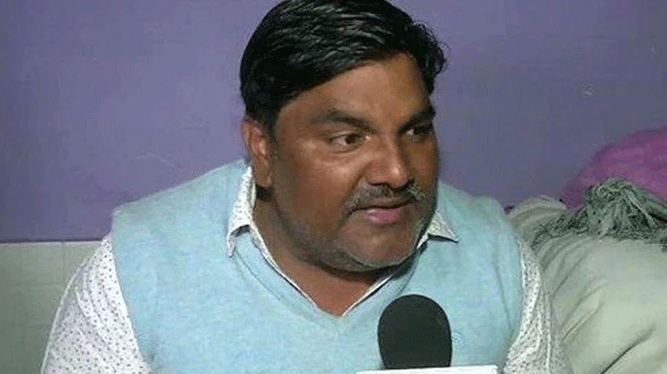 आम आदमी पार्टी से निलंबित पार्षद ताहिर हुसैन  को ईडी ने मनी लॉन्ड्रिंग मामले में गिरफ्तार किया