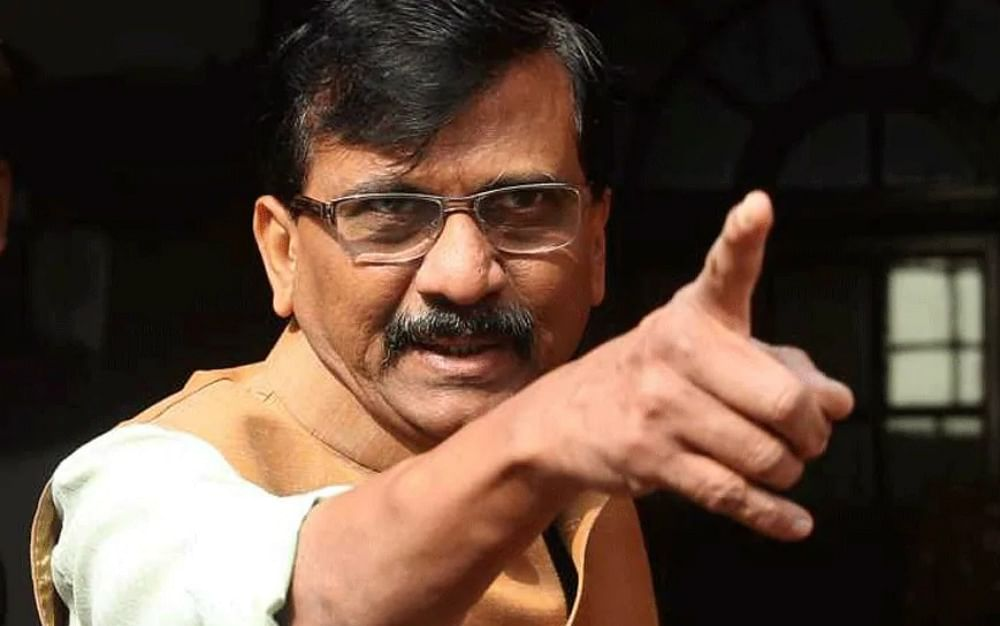 कांग्रेस की अंदरूनी कलह में कूदी शिवसेना, कहा- राहुल गांधी को रोकना, पार्टी को नष्ट कर देगा