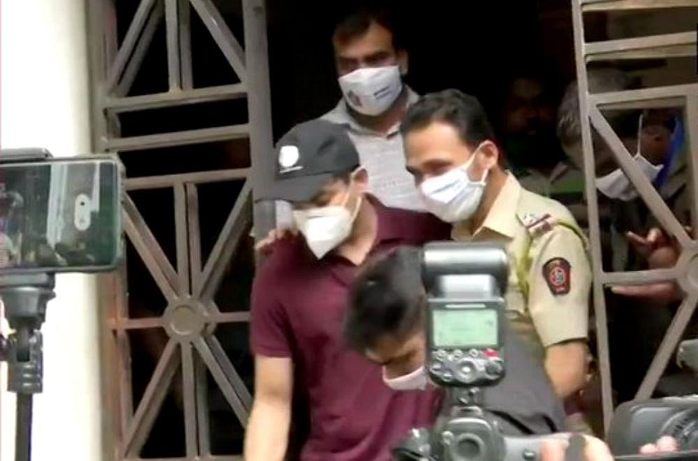 Sushant Singh Case: रिया चक्रवर्ती के भाई शोविक को मिली जमानत, ड्रग्स मामले में NCB ने किया था गिरफ्तार