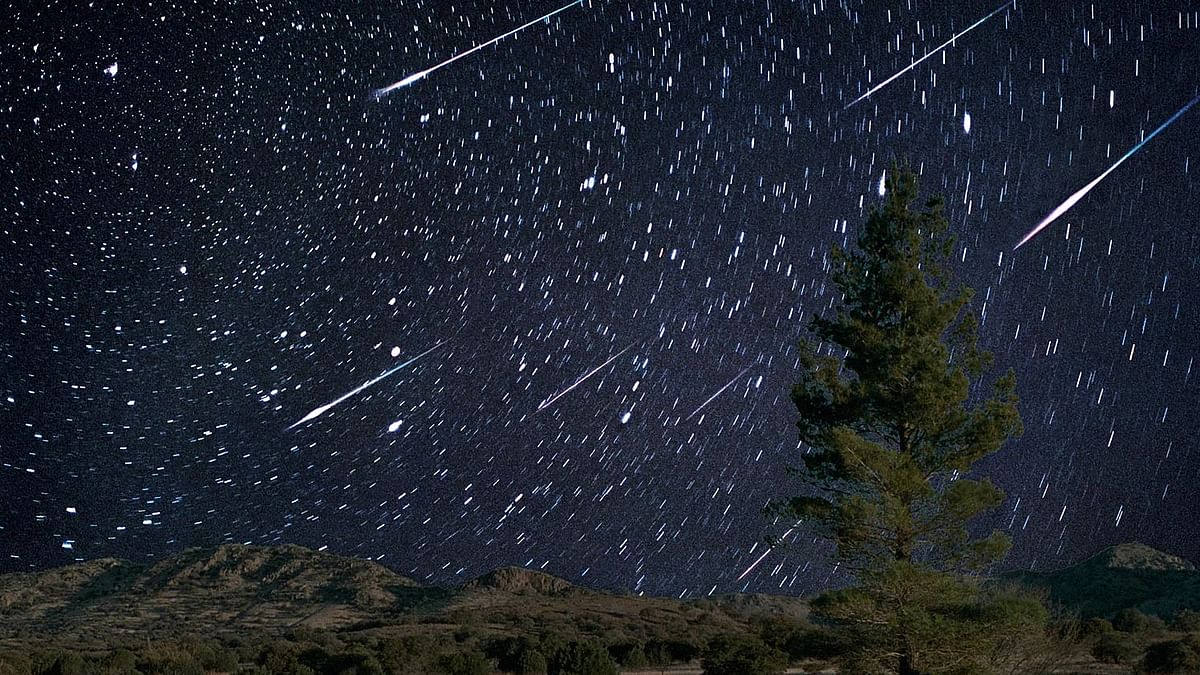 पर्सियड्स उल्का बौछार: एक अद्भुत खगोलीय घटना, जब आसमान करेगा आतिशबाजी