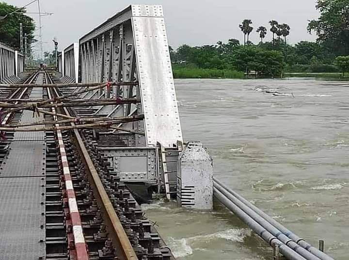अभी मुजफ्फरपुर के रास्ते ही चलेंगी समस्तीपुर दरभंगा रेलखंड की ट्रेनें, जानें कौन कौन सी ट्रेनों का बदला रूट