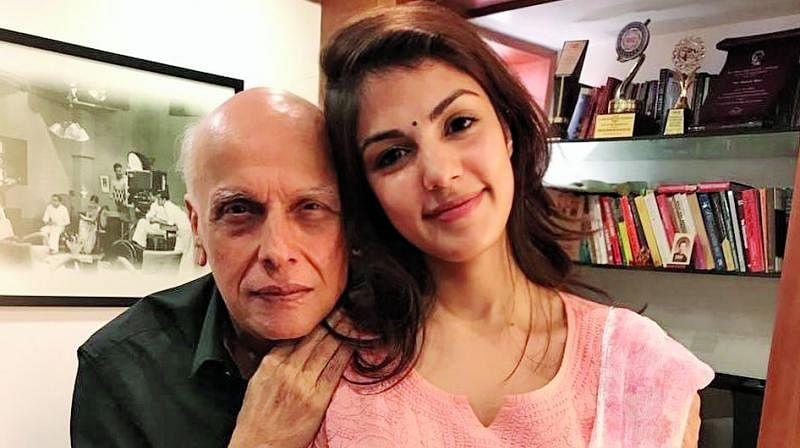 क्या महेश भट्ट के कहने पर रिया ने खत्म किया था सुशांत संग रिश्ता? वॉट्सऐप चैट वायरल