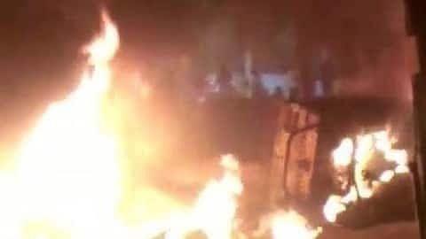 बेंगलुरु : फेसबुक पोस्ट से मचा बवाल, कांग्रेस विधायक के घर पर हमला, दो की मौत