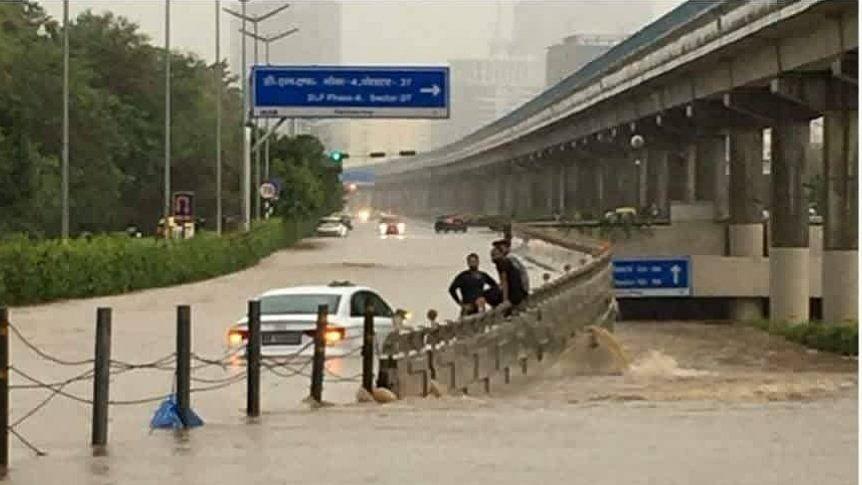 MP Flood: मध्य प्रदेश में लगातार हो रही बारिश से आफत, कई जिलों में बिगड़े हालात,  पीएम मोदी से सीएम ने की बात