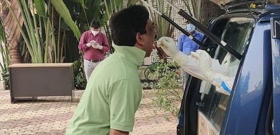 Coronavirus In Jharkhand LIVE Update : कोरोना जांच के लिए सीएम हेमंत सोरेन ने दिया दोबारा सैंपल, सीएम आवास के कई कर्मचारियों को हो चुका है कोरोना