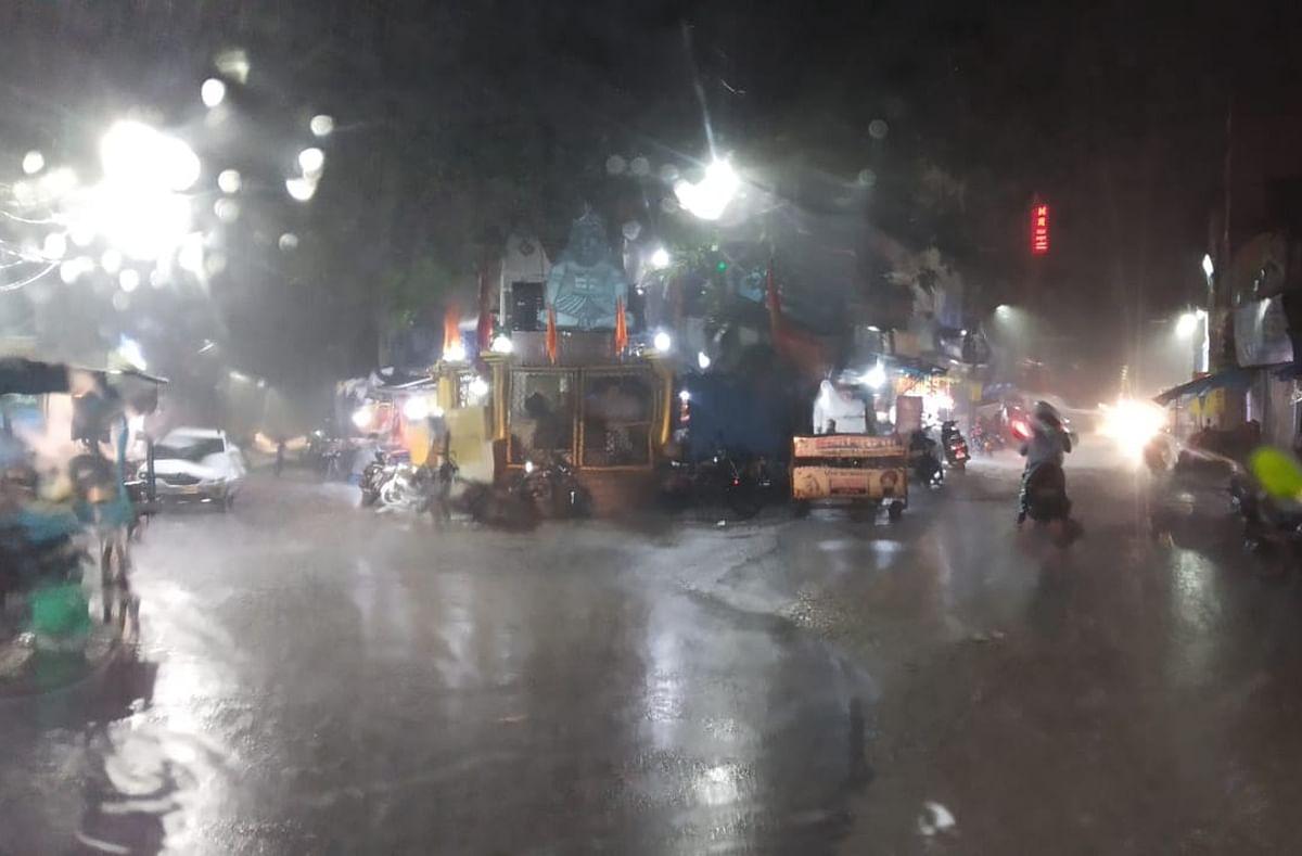 Weather Alert Jharkhand: मौसम विभाग ने झारखंड के इन जिलों में वर्षा और वज्रपात की चेतावनी दी, भूल कर भी किसान न करें ये काम