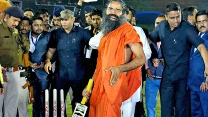 IPL 2020:  आईपीएल की रेस में बाबा रामदेव, टाइटल स्पॉन्सरशिप के लिए पतंजलि का नाम सबसे आगे