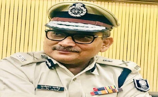 'गुप्तेश्वर की खुजली मिटी क्या? - सुशांत केस में एम्स रिपोर्ट के बाद शिवसेना का बिहार के पूर्व डीजीपी पर बड़ा हमला