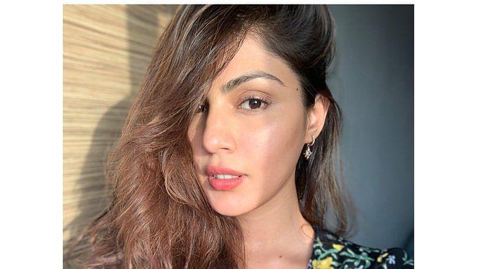 रिया के इंटरव्यू को सुशांत के पिता के वकील ने बताया पब्लिसिटी स्टंट, कही ये बात...