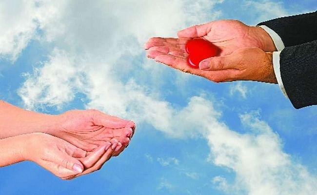 Aadhyatmik Margadarshan: आपका जीवन ही आपके लिए सबसे उत्कृष्ट उपहार है: स्वामी शिवानंद सरस्वती
