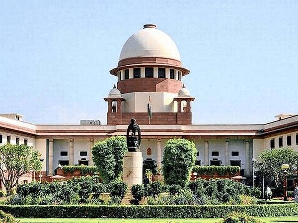 Sushant SinghRajput death case: एसपी विनय तिवारी को मुंबई पुलिस ने वर्चुअली हिरासत में रखा था, बिहार सरकार ने सुप्रीम कोर्ट में दाखिल किया जवाब
