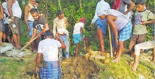 Flood in Bihar : दस दिनों में चार बार टूटा है ये तटबंध, अभी और कितनी बार टूटेगा, पूछ रहे लोग