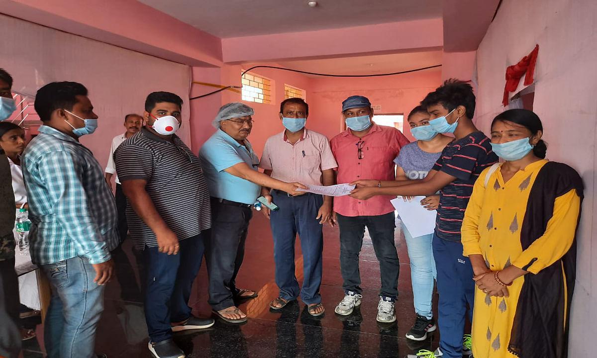 2 स्वास्थ्य कर्मी समेत 6 नये कोरोना संक्रमित मिले, जिले में संख्या पहुंची 161