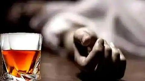 सिवान: रात में बिगड़ी तबीयत और सुबह तक 4 लोगों की चली गयी जान, जहरीली शराब पीने से मौत की आशंका