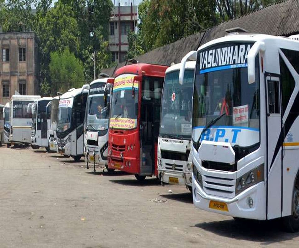 Corona Impact : होली में जो बसें दिल्ली से भर कर मुजफ्फरपुर आयीं थीं, उन्हें वापसी में यात्री नहीं मिल रहे