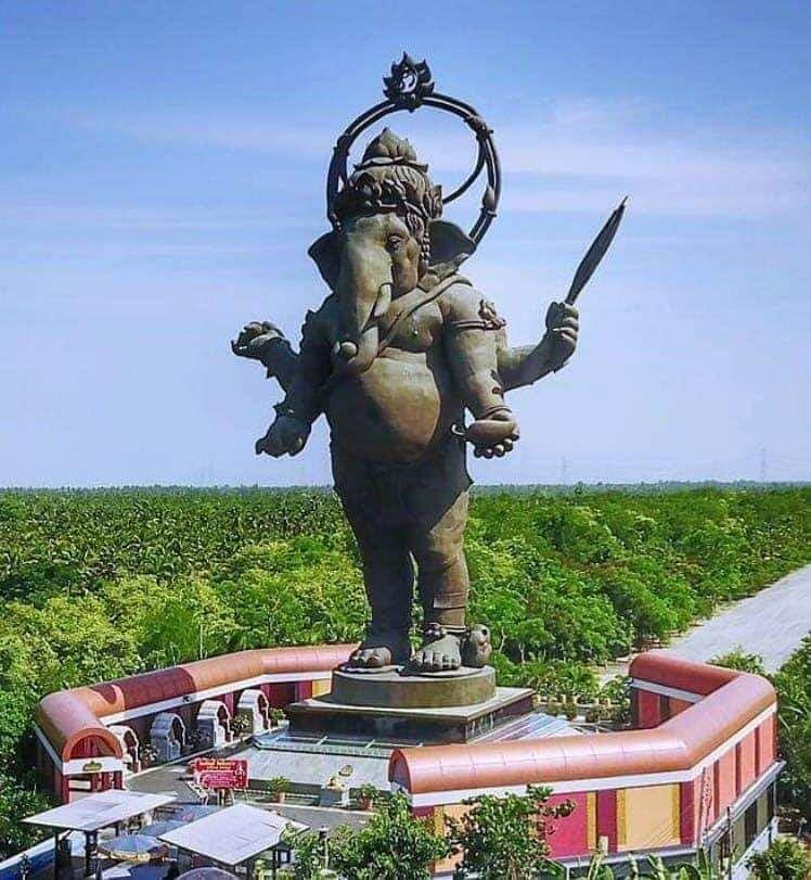 थाईलैंड के ख्लॉन्ग ख्वेन गणेश इंटरनेशनल पार्क में भगवान गणेश की सबसे ऊंची प्रतिमा (फाइल फोटो)
