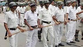 पश्चिम बंगाल में 15 दिवसीय लॉकडाउन लागू, सड़कें सुनसान, दुकानें बंद