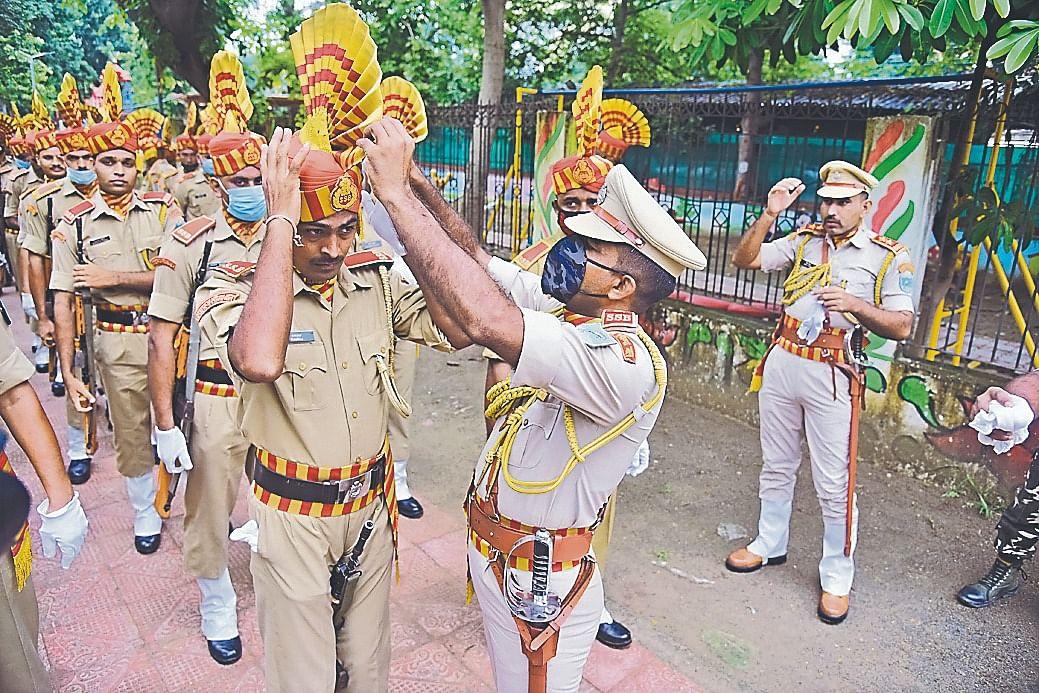 15 August Independence Day 2020 : गांधी मैदान में हुआ फुल ड्रेस रिहर्सल..तस्वीरों में देखें क्या है तैयारी