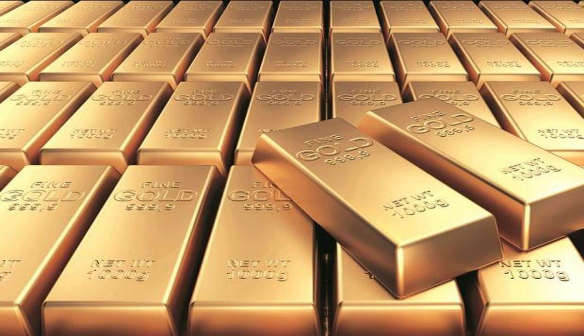 Gold Rate : सोना की कीमत में लगातार दूसरे दिन जोरदार गिरावट, सर्राफा बाजार में सस्ते में बिका 24 कैरेट गोल्ड