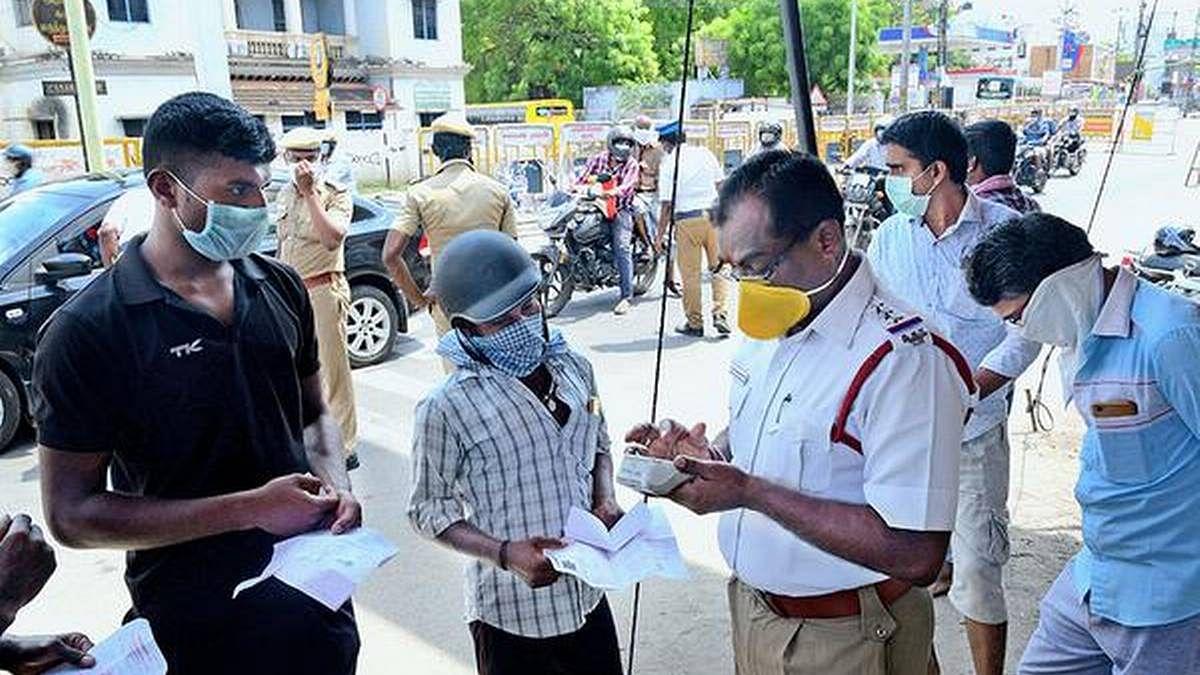 Coronavirus in Delhi: दिल्ली में 10 दिन में कोरोना के 12 हजार नये मामले, मास्क नहीं पहनने वालों से 9 करोड़ रुपये वसूला गया जुर्माना