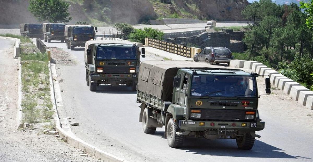 Indo-China face-off : सीमा पर चीनी हलचल के बाद भारत ने उत्तरी लद्दाख में भारी टैंकों की तैनाती की