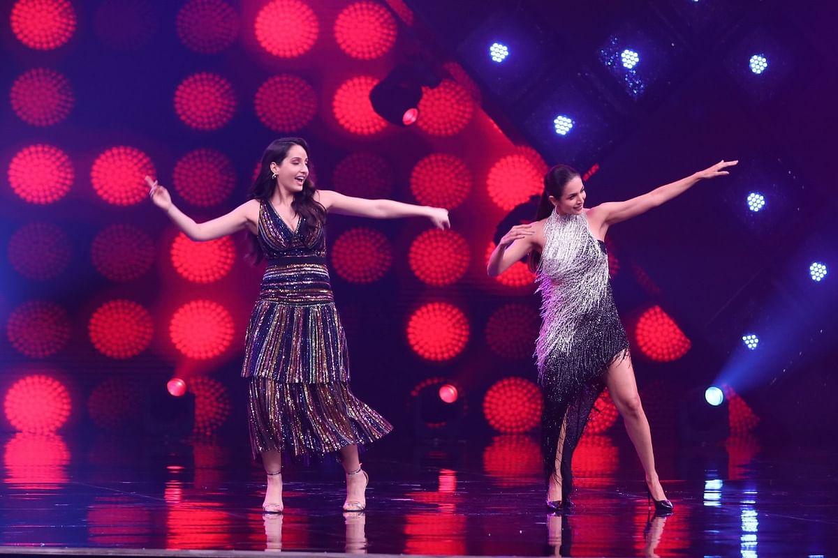 नोरा फतेही- मलाइका अरोड़ा ने साथ में किया डांस