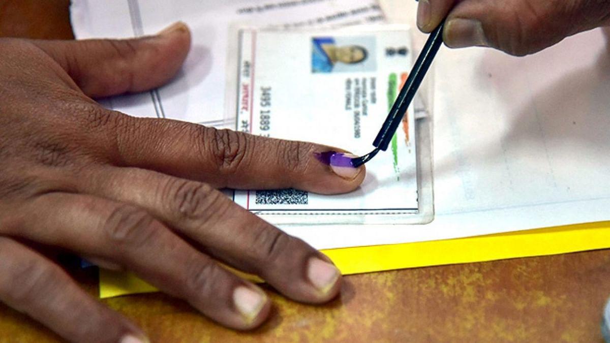 Bihar Assembly Election 2020: कभी 10 हजार वोट पर बन जाते थे विधायक, आज 50 हजार आने पर भी संकट, जानें वजह..