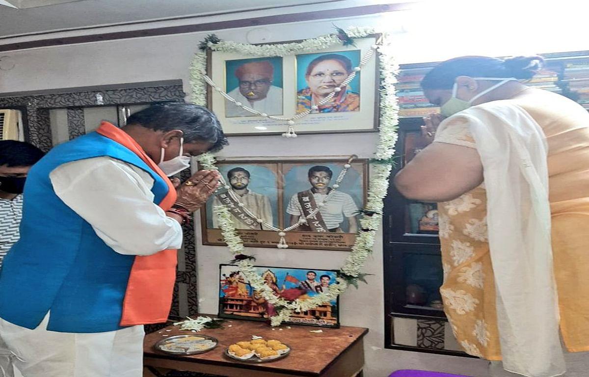 प्रधानमंत्री से मिल कर राम मंदिर निर्माण के लिए आभार जताना चाहती हैं शहीद राम- शरद कोठारी की बहन