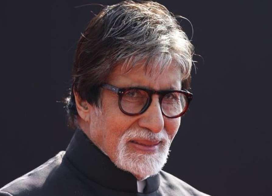 अमिताभ बच्चन ने श्रावण शुक्रवार को लेकर किया ट्वीट, मुंबई की बारिश पर लिखा- कुछ तो चाहत होगी वरना...