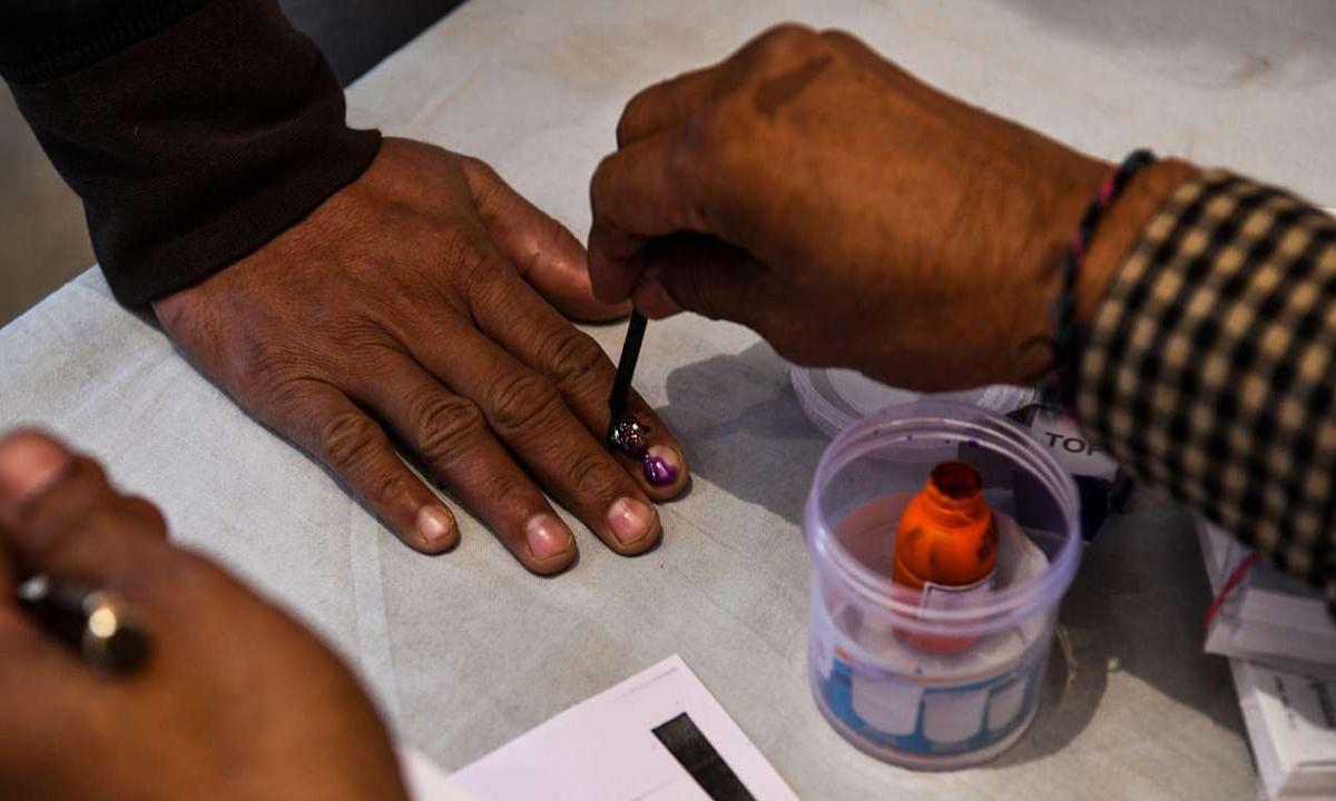 Jharkhand Assembly Bye Election 2020 : बिना वोटर आईडी कार्ड के भी आप कर सकते हैं मतदान, बशर्ते आपके पास होने चाहिए ये डाॅक्यूमेंट