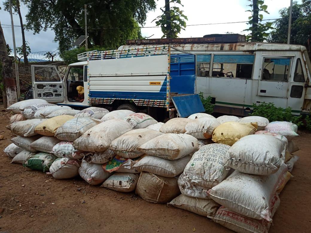 632 किलो डोडा के साथ दो गिरफ्तार, 50 हजार नगद जब्त