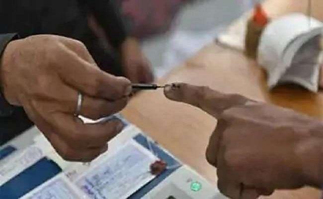 बिहार विधानसभा चुनाव 2020: ये 35 लाख साइलेंट वोटर बदल सकते हैं बिहार का चुनावी समीकरण, सारी पार्टियों की है इनपर नजर