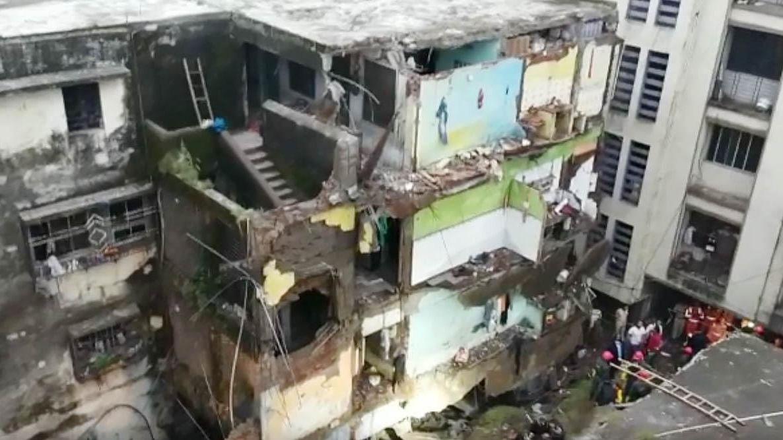 महाराष्ट्र : भिवंडी में तीन मंजिला इमारत  ढही, अबतक 10 लोगों की मौत, रेसक्यू जारी