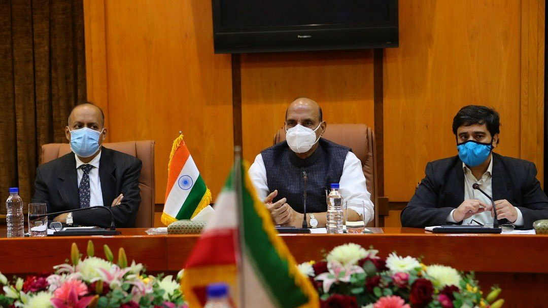 Rajnath Singh: ईरान के रक्षा मंत्री से मिले राजनाथ सिंह, भारत के साथ मिलकर पाकिस्तान को सिखाएगा सबक?