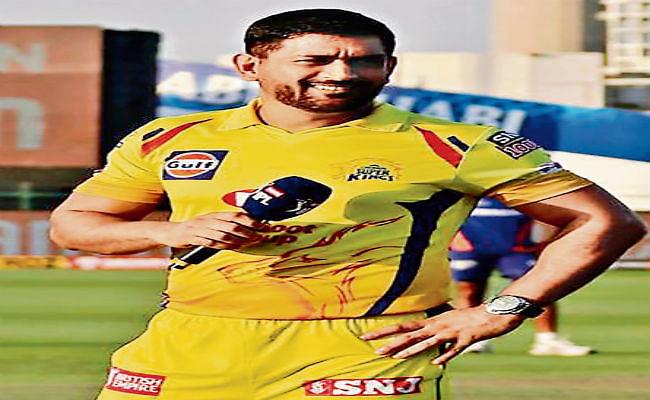 IPL 2020 :  धौनी की 'डैडीज आर्मी' सबसे उम्रदराज, राजस्थान की टीम है सबसे युवा, जानिये कौन है सबसे उम्रदराज और कौन है सबसे युवा