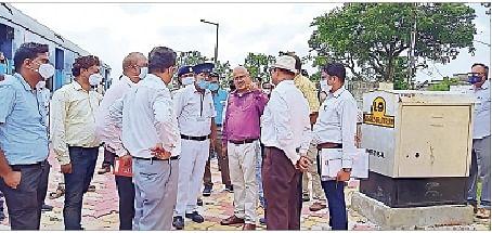 सहरसा से राघोपुर तक परिचालन 15 से संभव, डीआरएम ने किया सुपौल-राघोपुर रेलखंड का निरीक्षण