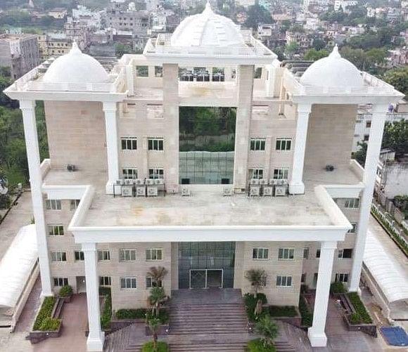 Jharkhand News : पूर्वी भारत की सबसे खूबसूरत देवघर नगर निगम की बिल्डिंग बनकर तैयार, मुख्यमंत्री करेंगे उद्घाटन