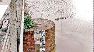 कमला नदी खतरे निशान से  एक फुट ऊपर,  प्रशासन ने लोगों को किया अलर्ट
