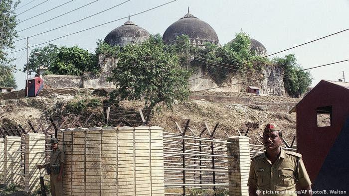 Babri masjid demolition verdict : बाबरी मस्जिद निर्माण से विध्वंस तक, जानें 492 वर्षों का पूरा घटनाक्रम