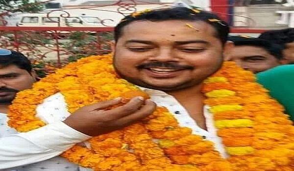 गोरखपुर के टॉप 10 बदमाशों की सूची में शामिल ब्लॉक प्रमुख व माफिया सुधीर सिंह के करोड़ोें की संपत्ति होगी कुर्क...