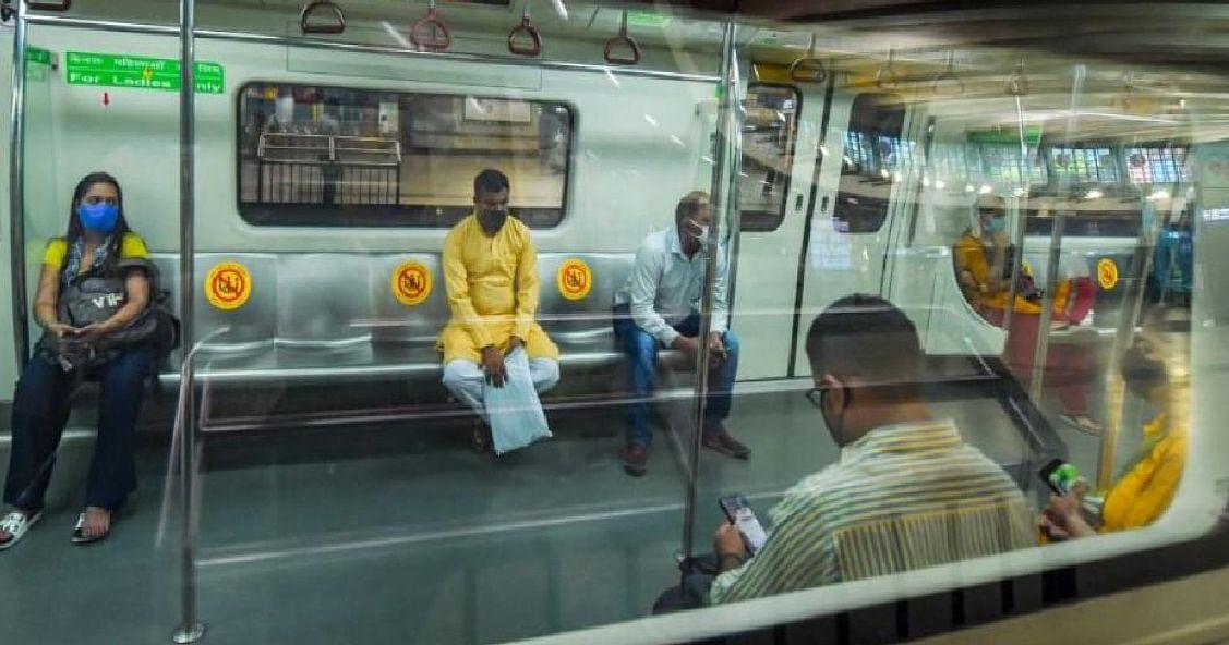 पूरी क्षमता के साथ दिल्ली मेट्रो की यात्रा करने की जल्द मिल सकती है अनुमति