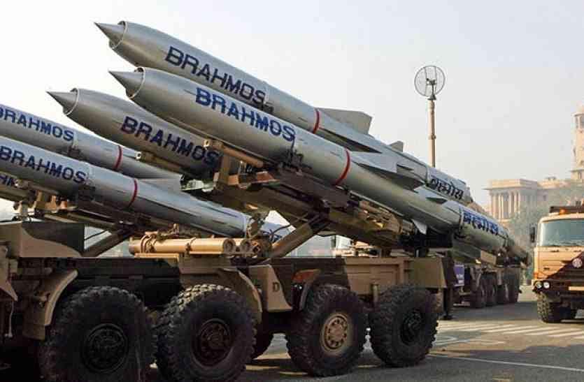 लद्दाख में चीनी सेना को जवाब देने के लिए तैयार है-ब्रह्मोस, निर्भय और आकाश, बड़े पैमाने पर हुई तैनाती