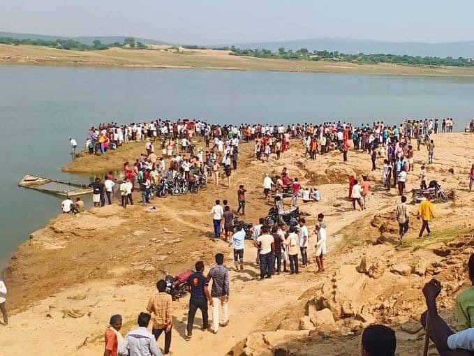 राजस्थान: कोटा चंबल नदी में नाव डूबने से 6 लोगों की मौत, 10 लापता, रेसक्यू का काम जारी